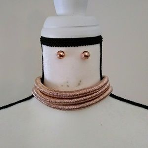 Rose gold coiled choker necklace set